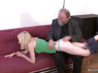Порно старый учитель и студентки