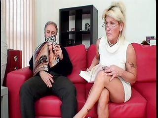 Видео порно бабушкипорно бабушки в калготках