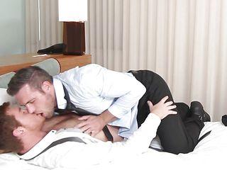 гей порно видео 18 летние
